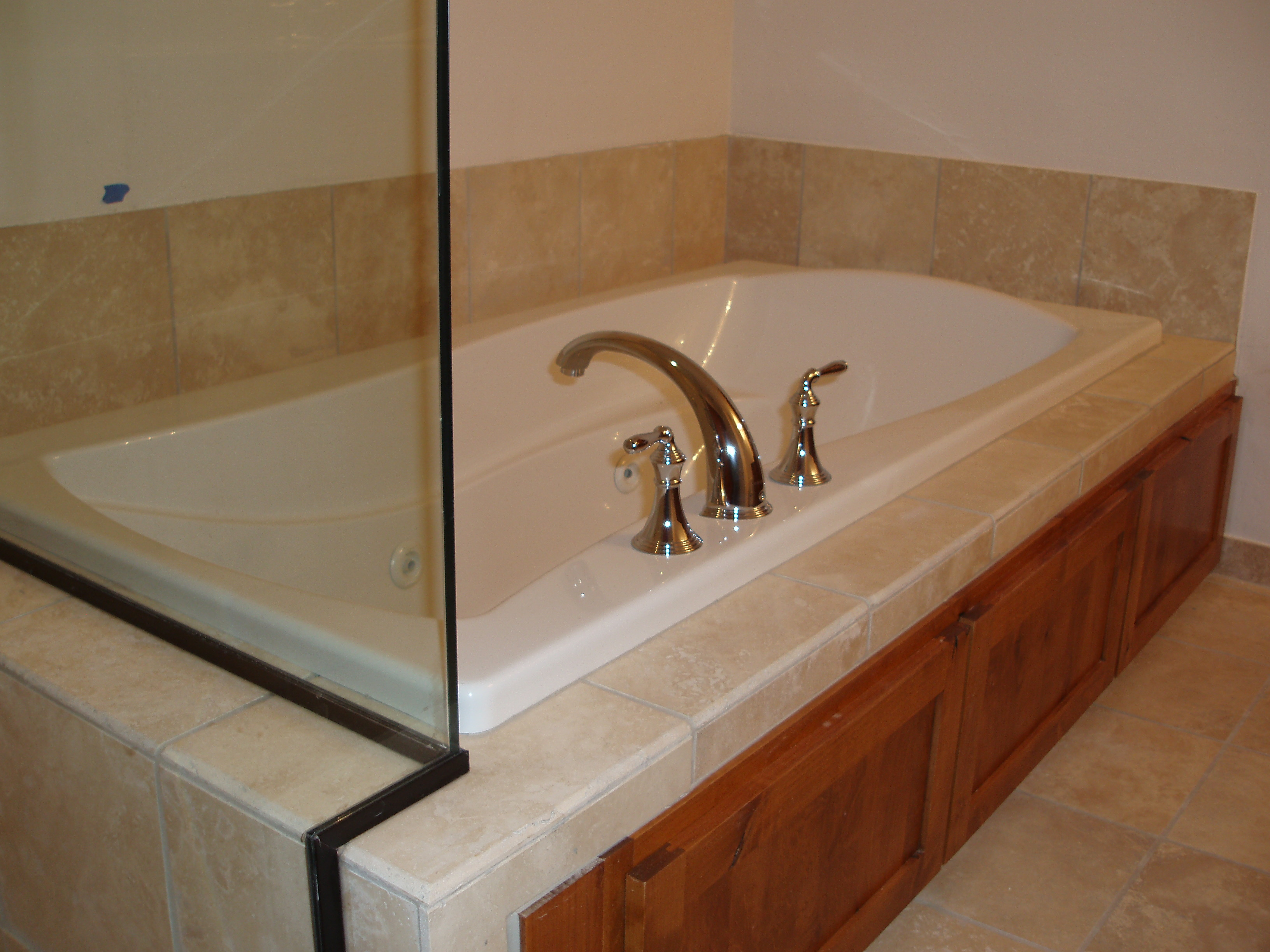 Jetted Oversize Tub Frisco Lakeside Condo